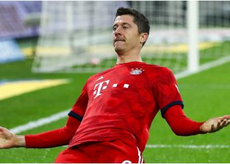 Bayern to hold Lewandowski extension talks