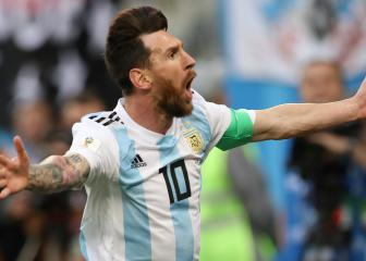 No more adjectives to describe Messi, says Scaloni