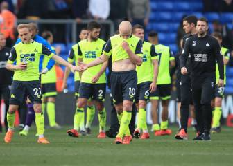 Huddersfield relegated after defeat away to Palace