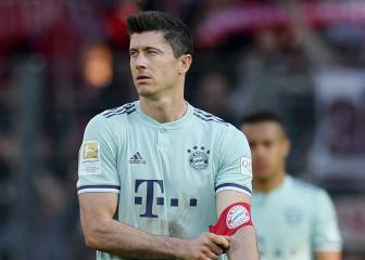 Lewandowski denies wife was against PSG move