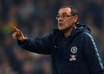 Fan criticism is not helpful to Chelsea players, says Sarri