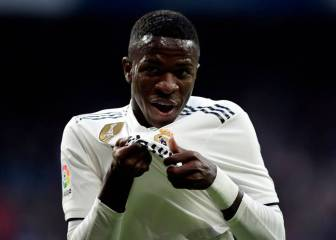Real Madrid starlet Vinicius signs Santos physio