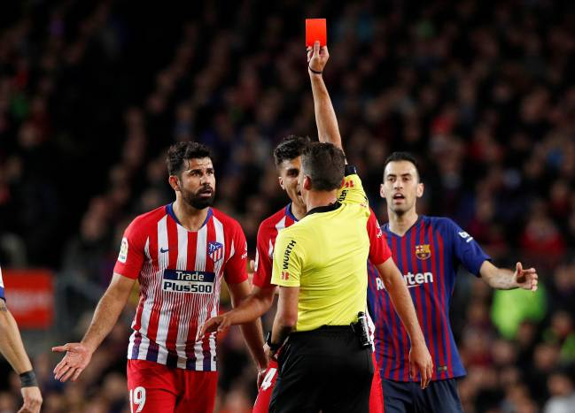 Costa red | Diego Costa's abuse is dealt with by referee Jesus Gil Manzano.