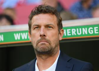 Stuttgart sack Weinzierl with relegation looming
