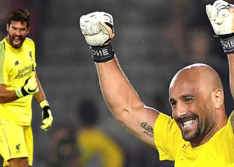 Reina sends Alisson some love for equalling Liverpool record