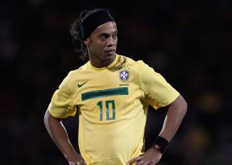 Ronaldinho will play in Montreal in the summer