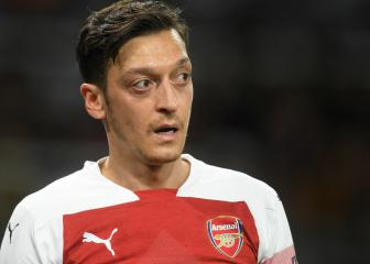 Mesut Özil plans to see out Arsenal contract