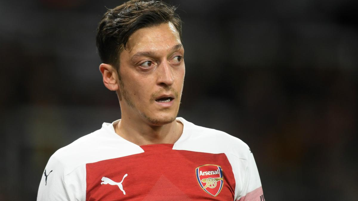6049e5157fc Ozil plans to see out contract as Ramsey bids farewell to Arsenal
