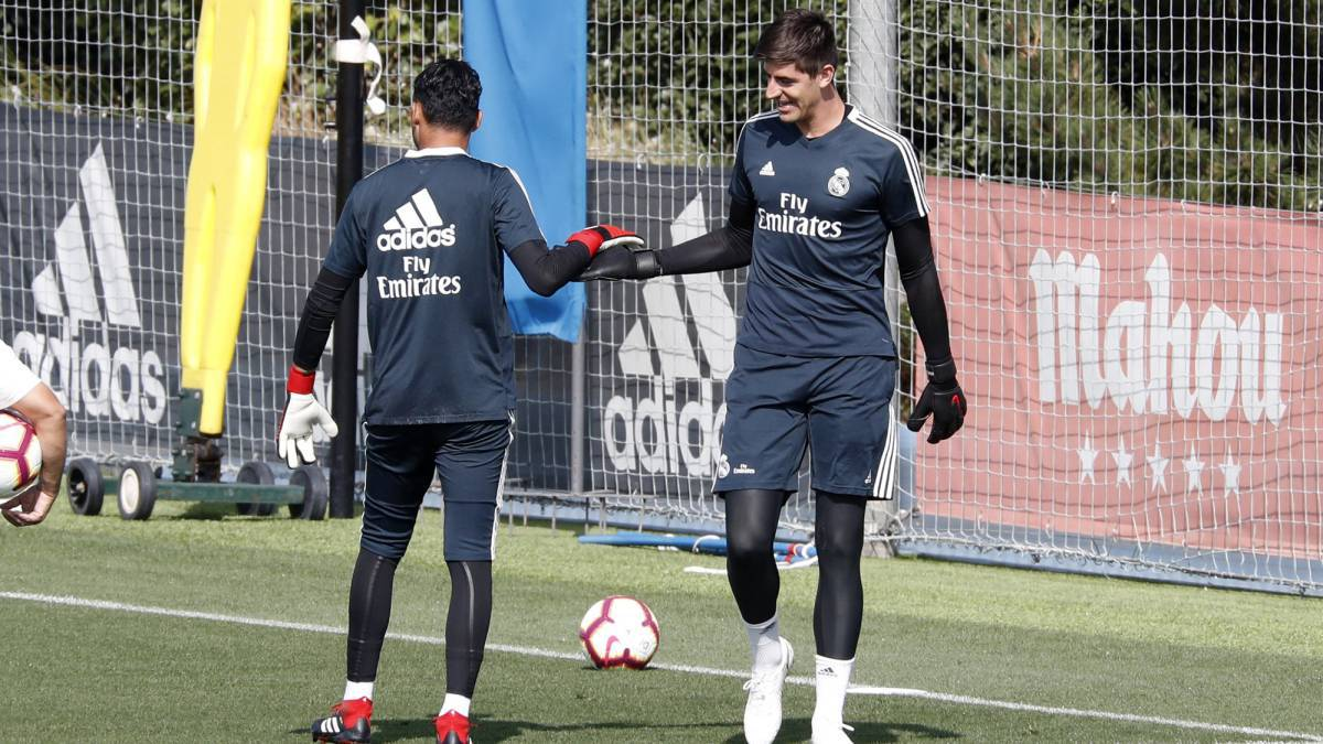 Real Madrid | Courtois to stay, as Navas looks likely to leave Bernabéu - AS.com