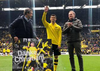 Pulisic plays last home game with Dortmund