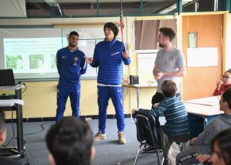 David Luiz and teammates surprised kids in Boston