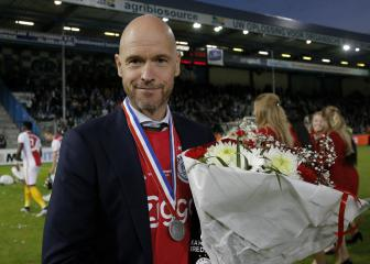 Ajax boss Ten Hag's beautiful dedication after title win
