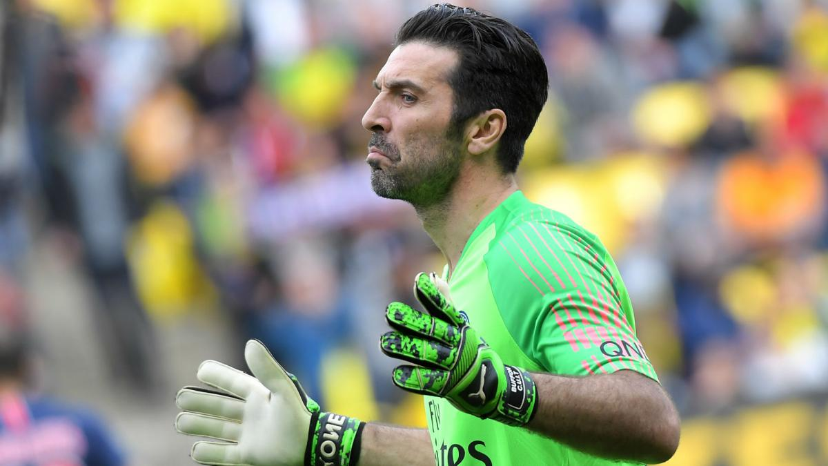 a485341c398 Gianluigi Buffon offered contract extension by PSG - AS.com