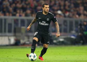 Dani Alves considering MLS move