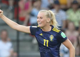 Sweden and Netherlands book semi-final clash