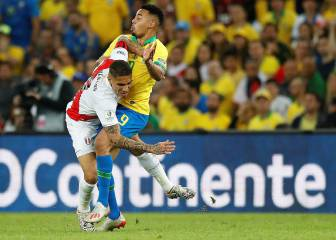 Gabriel Jesus sent off against Peru