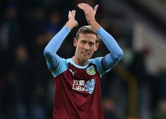 Former England, Liverpool and Spurs striker Crouch retires