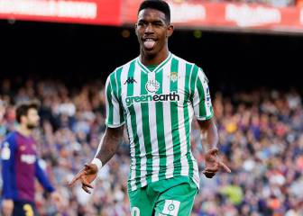 Barcelona close to deal on Betis' Junior Firpo