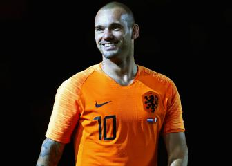 Former Netherlands great Sneijder retires from football