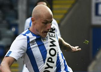 Huddersfield Town fined for Paddy Power kit stunt