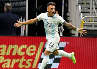 Argentina's four goals break Mexico's unbeaten spell