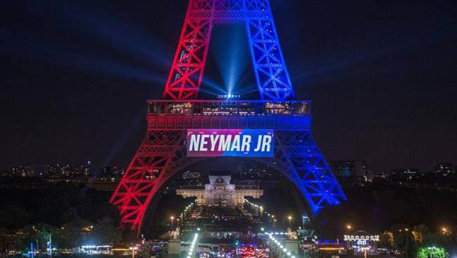 We Lit Up The Eiffel Tower For Neymar Now It S His Turn To Do Something For Paris Says City Mayor As Com