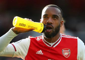 Lacazette ruled out till October