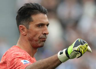 Buffon matches Maldini's club appearance record
