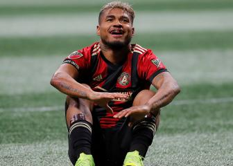 De Boer fears 'serious' injury for Atlanta striker Martínez