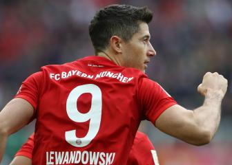 Lewandowski equals Aubameyang's record