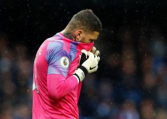 Ederson injured, Bravo sent off as City struggle at Atalanta
