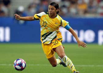 Chelsea sign Australia captain Sam Kerr