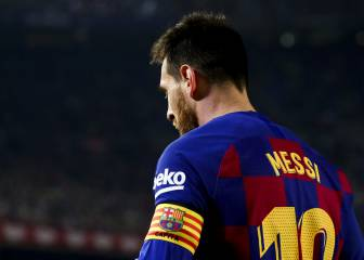 Messi in talks with Barça over new deal, confirms Abidal