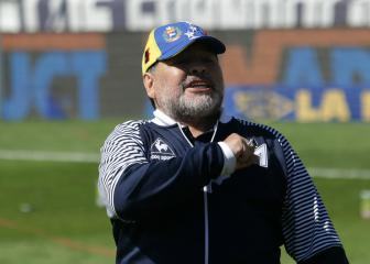 Maradona confirms Gimnasia stay, two days after resigning