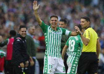 Joaquín becomes oldest player to score LaLiga hat-trick