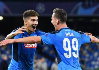 Napoli take second place after easy win over Genk
