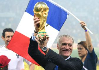 Zidane's France plan on hold as Deschamps signs new deal