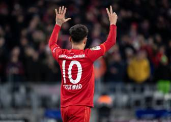 Coutinho forced to wear kids-sized Bayern Bundesliga shirts