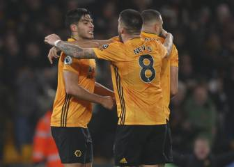 Man United make move for Wolves pair Neves and Jimenez
