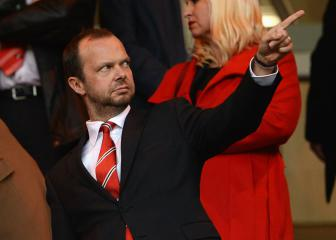 Neville calls for Woodward to go as Man Utd woes deepen