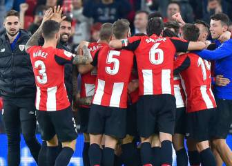Last-gasp Williams header sees Athletic stun Barça in Copa