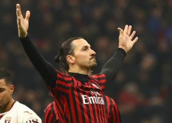 Ibrahimovic a 'phenomenon' and will decide his own Milan future