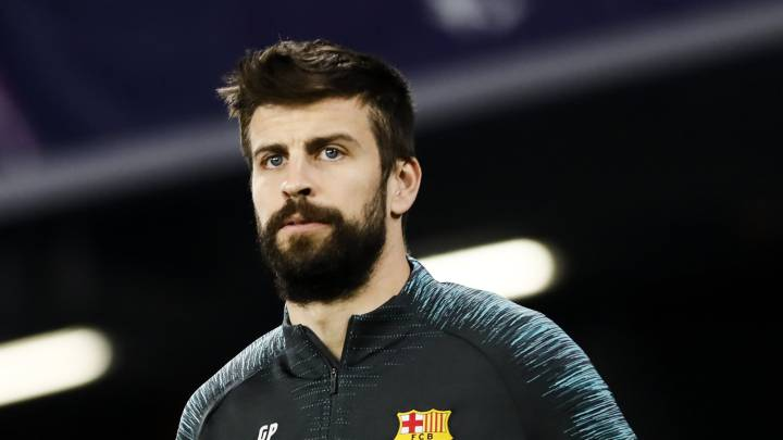Barcelona: Piqué limps out of Napoli tie with Clásico in doubt