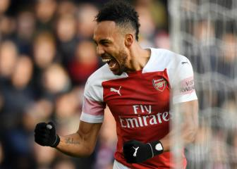 PSG, Man Utd eye Aubameyang, Barça join Camavinga race - transfer talk