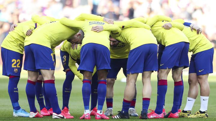 Barcelona board may ask squad to accept further wage cuts
