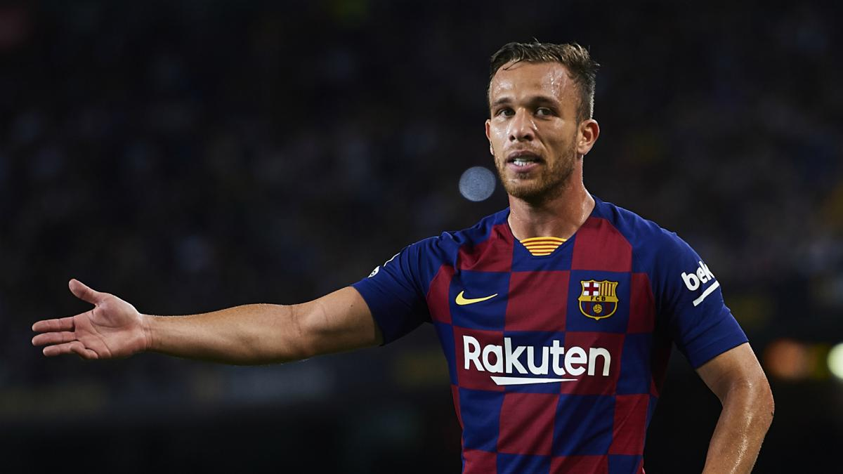 Arthur flattered by Inter link but targets long-term Barca stay