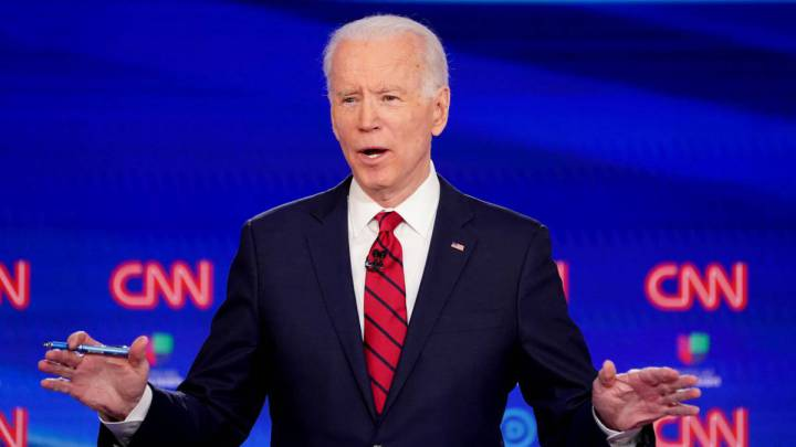 Biden threatens US Soccer Federation and backs USWNT