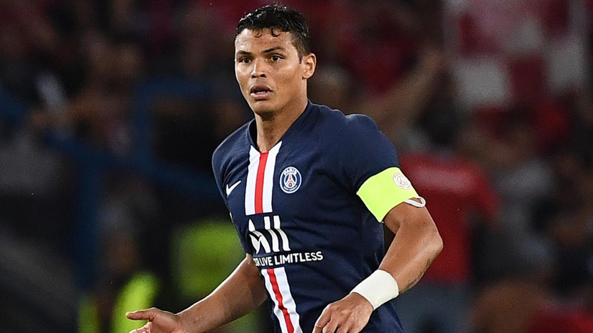 Thiago Silva could stay with PSG, claims out-of-contract defender's wife