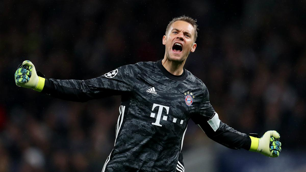 Manuel Neuer signs Bayern Munich contract extension