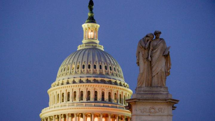 Second stimulus check: the CARES Act versus the HEROES Act, what are the differences?